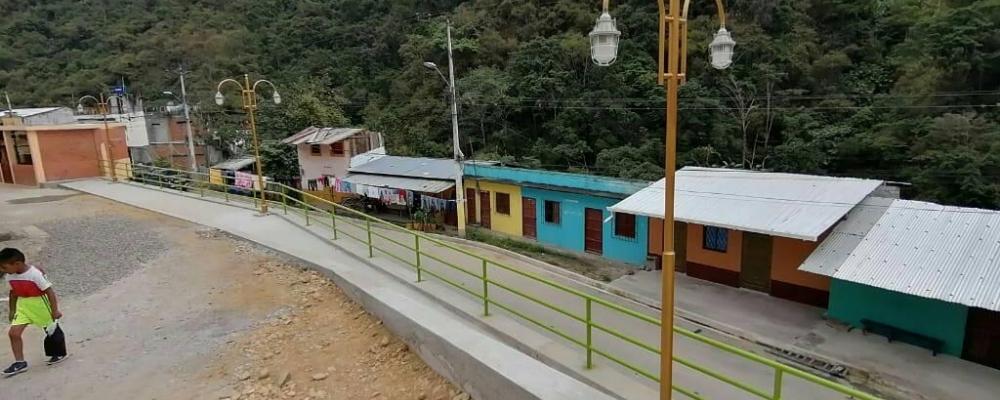 CONSTRUCCION DE MURO Y BARANDA CALLE JESÚS DEL GRAN PODER.